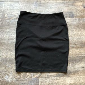Fitted skirt